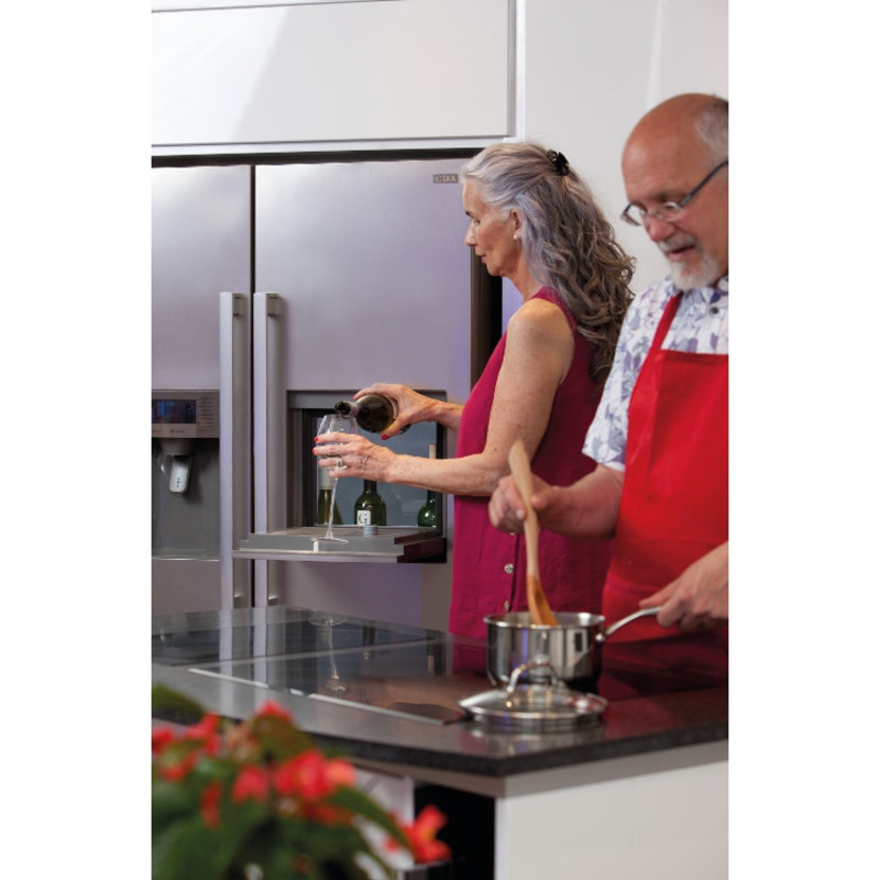CDA H1760xW890xD750 American Style Fridge Freezer With Ice and Water - Silver additional image 3